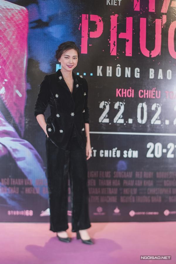 Ngô Thanh Vân tiết lộ, ý tưởng Hai Phượng được cô thai nghén trong hai năm. Tới năm 2017, cô tình cờ gặp đạo diễn Lê Văn Kiệt tại Mỹ và ngỏ lời mời anh tiếp nhận vai trò đạo diễn của phim. Trước Hai Phượng, họ từng hợp tác chung phim Ngôi nhà trong hẻm.