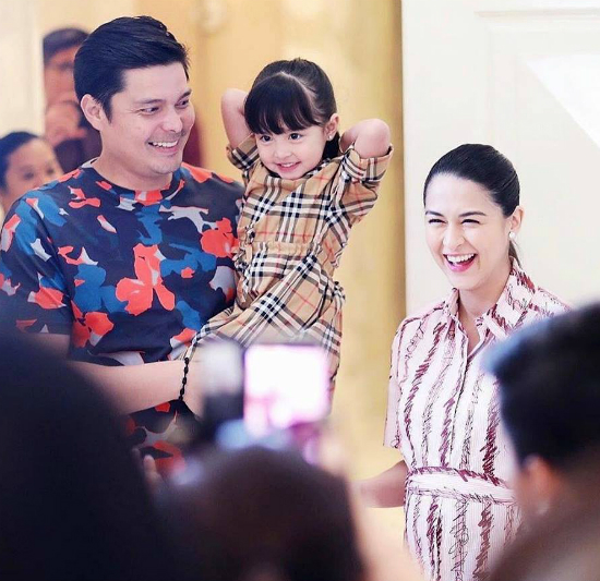 Gia đình chồng mở tiệc mừng mỹ nhân đẹp nhất Philippines sắp sinh con trai