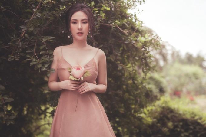 Hiện cô đảm nhiệm vai trò Tổng giám đốc công ty TNHH Beauty Center với 2 cơ sở thẩm mỹ việntại Hà Nội và TP HCM.