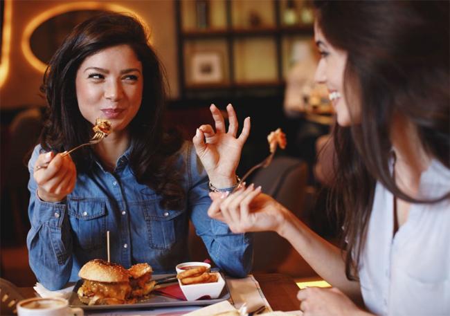 8 quy tắc về phép lịch sự bạn cần biết trước khi đến Anh - 1