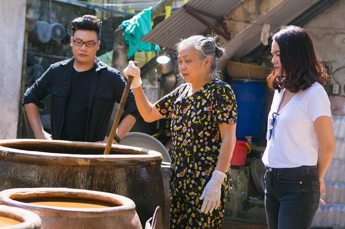 Phạm Quỳnh Anh, Hamlet Trương chở xe miến 100 kg giữa trời nắng - 5