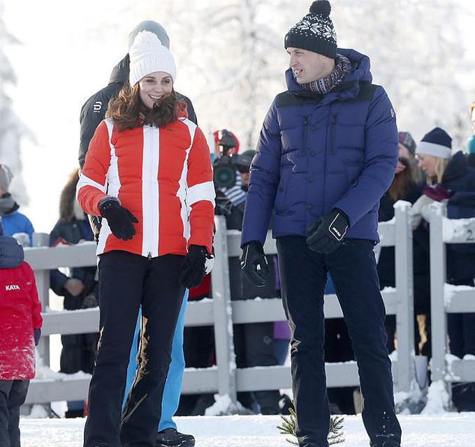 Vợ chồng Kate - William trong chuyến thăm chính thức Na Uy hồi tháng 2 năm ngoái. Ảnh: Backgrid.