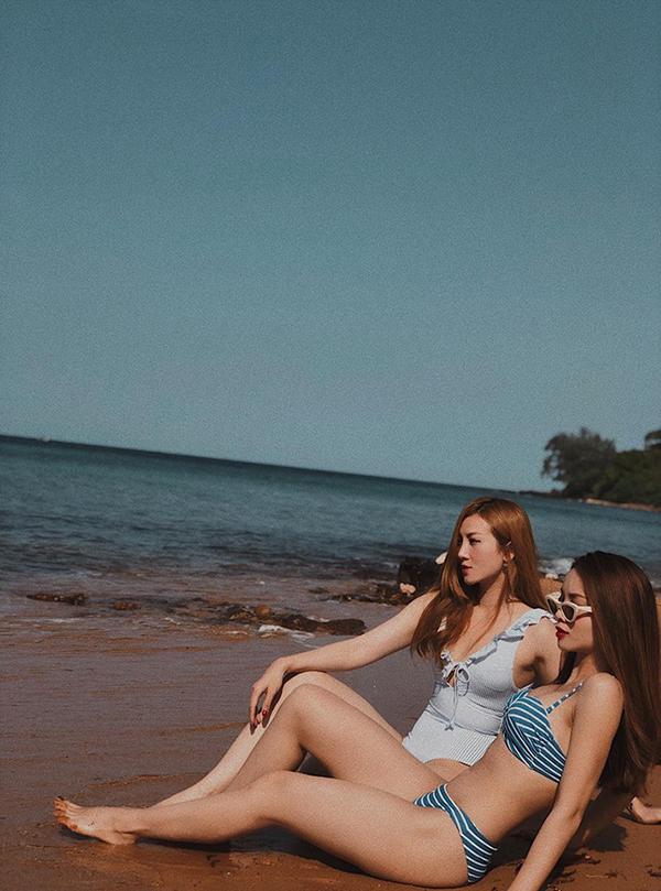 Khi đi du lịch biển, các nàng đừng quên mang theo những bộ bikini hợp mốt để khoe hình thể gợi cảm.