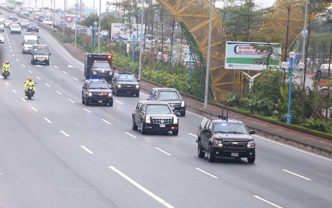 Xe Quái thú của Tổng thống Mỹ lăn bánh trên đường phố Hà Nội - 1