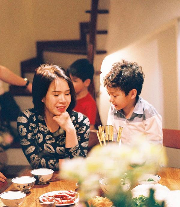 Vợ và các con là nguồn cảm hứng vô tận để Mạnh Trường sáng tác với niềm đam mê nhiếp ảnh.