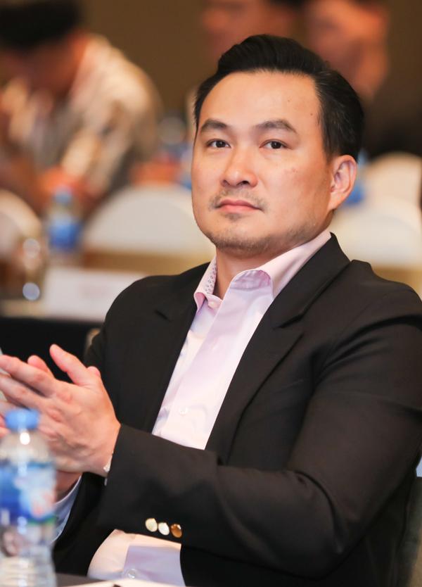 Diễn viên Chi Bảo cũng dự sự kiện này.
