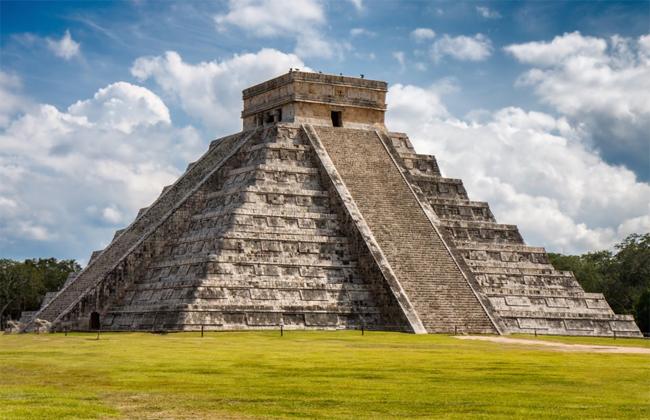 12 điểm đến địa danh nổi tiếng mà mọi du khách nên ghé thăm