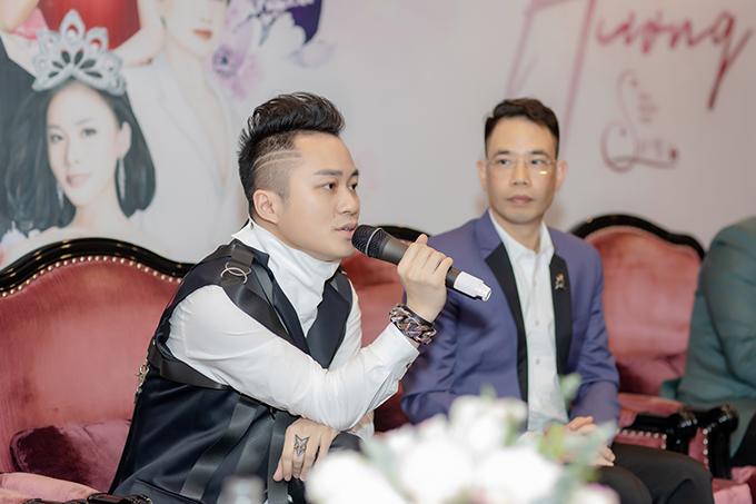 Tùng Dương tại buổi họp báo giới thiệu đại nhạc hội Son 3 diễn ra chiều 4/3 tại Hà Nội.
