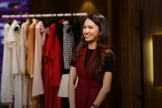Lê Thị Thùy Trang, CEO Emwear tại chương trình Shark Tank mùa 1.