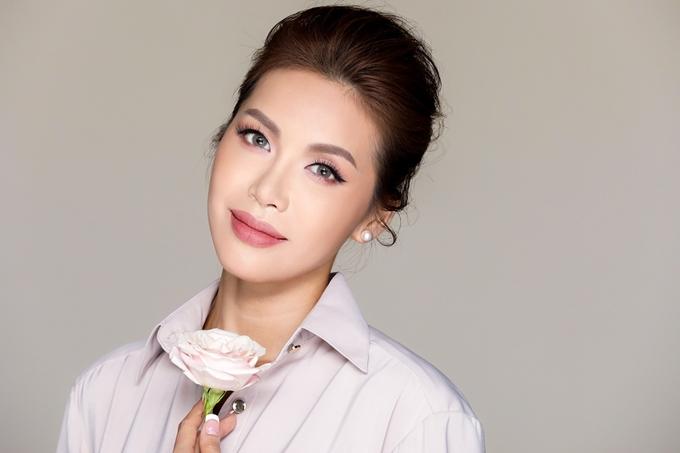 Nhiếp ảnh - trang điểm: Tee Lee, stylist: Chung Thanh Phong, làm tóc: Chung Hung Than