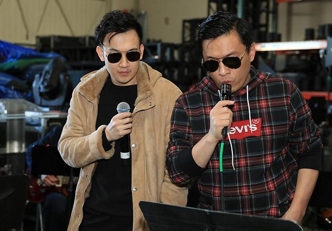 Ca sĩ Dương Triệu Vũ và Lam Trường góp mặt trong dàn khách mời nam hát cùng Thanh Thảo trên sân khấu Mỹ.