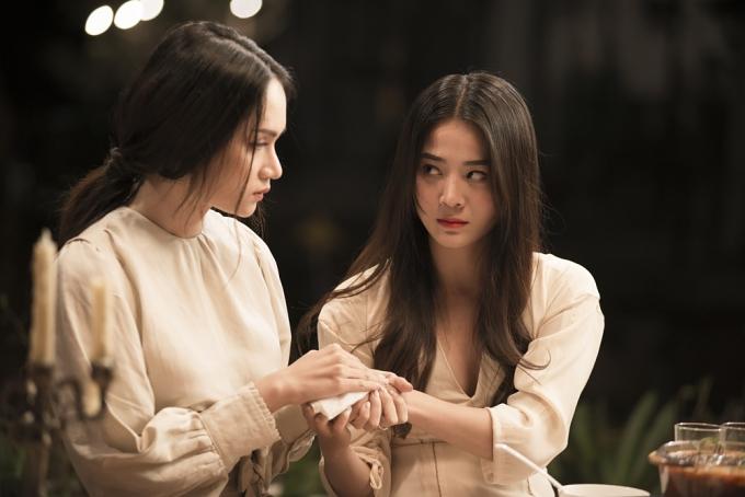 Đỉnh điểm MV là khoảnh khắc Hân thông báocó thai cùng Jack khiến Hương Giang thất vọng và quyết định bỏ đi.