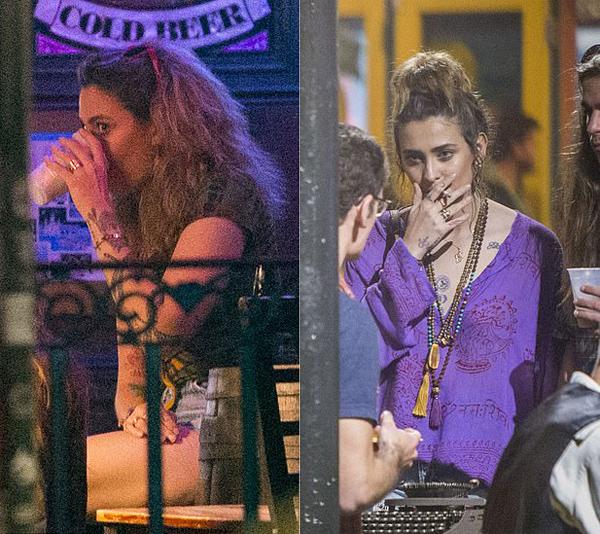 Con gái Michael Jackson tới quán bar uống bia với nhóm bạn.