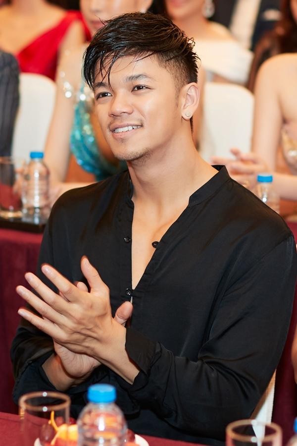 Hoa hậu Đàm Lưu Ly khoe nhan sắc tuổi 46 ở sự kiện - 4