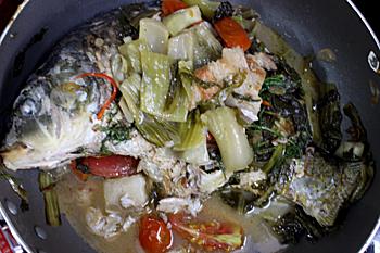 Cá chép om dưa và thịt ba chỉ cho ngày cuối tuần quây quần - 4
