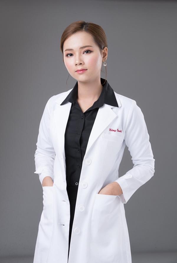CEO Nguyễn Tuệ Anh không chỉ được biết đến là bà chủ tài năng, nhiệt huyết trong công việc mà còn sở hữu nhan sắc nổi bật. Cô luôn xuất hiện trước khách hàng và các học viên của mình với thần thái tươi trẻ, rạng ngời.