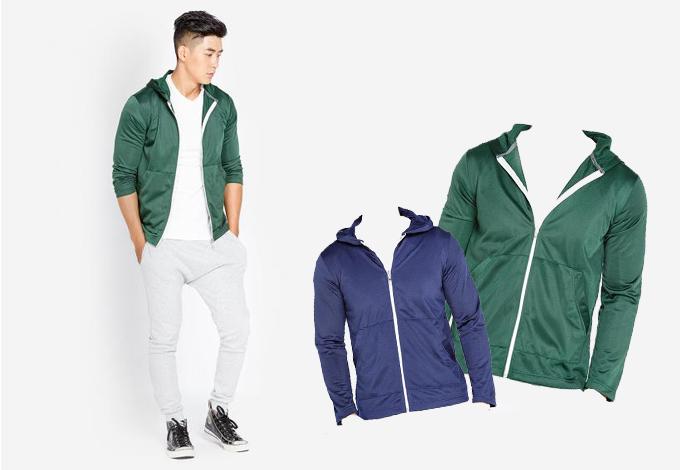 Áo khoác nam Phúc An có chất liệu nỉ lưới mỏng, nhẹ chống nhăn, thích hợp thời tiết nóng. Mẫu áo bán với giá 159.000 đồng, thích hợp nam nặng dưới 65 kg, cao dưới 1,75m.
