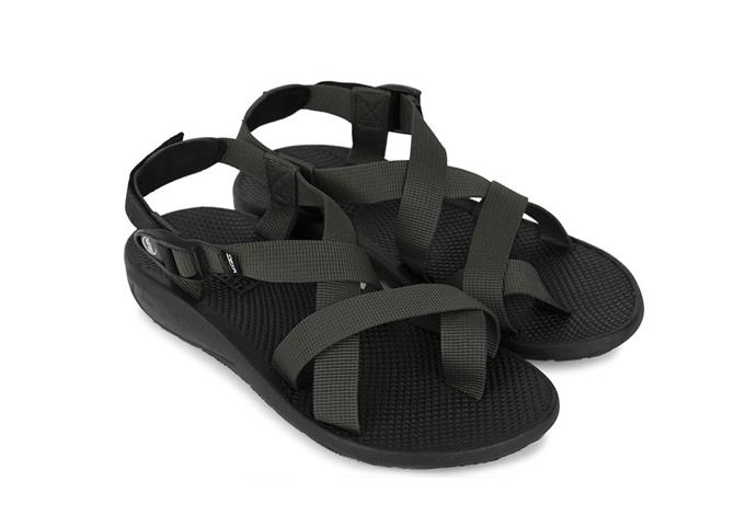 Giày sandal nam xỏ ngón hiệu Vento NV65G giá sau giảm còn 270.000 đồng với đế cao su nguyên chất chống trơn trợt. Quai dù cotton chắc chắn, nhanh khô, thích hợp mang đi mưa, đi biển, đi dã ngoại, đi học...