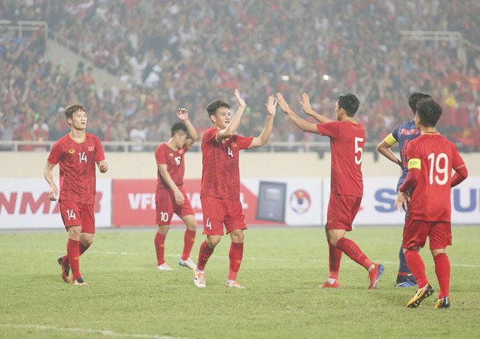 Quang Hải và các đồng đội có một trận đấu xuất sắc trước Thái Lan, giành tấm vé trực tiếp tới vòng chung kết U23 châu Á 2020. Ảnh: Văn Đương.
