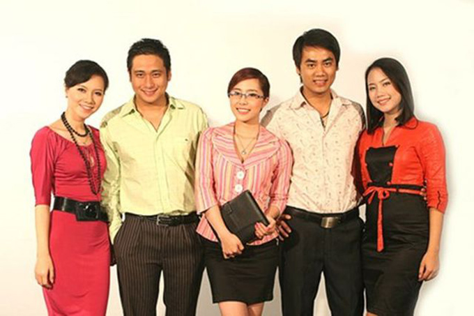 Lập trình trái tim được thực hiện năm 2007 và trở thành hiện tượng truyền hình sau khi lên sóng. Bộ phim cũng khiến tên tuổi của các diễn viên chính bao gồm Minh Tiệp, Quỳnh Nga, Đồng Thanh Bình, Lan Hương hay Minh Hà được phủ sóng rộng rãi.