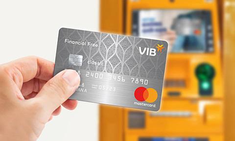 VIB Financial Free mang đến nhiều nhiều lợi ích kết hợp cho chủ thẻ.