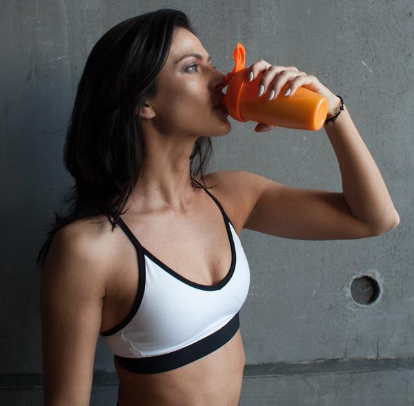 Whey protein Thức uống dinh dưỡng cho người tập gym đã được chứng minh là có khả năng đốt cháy mỡ thừa, tăng cường cơ bắp hiệu quả.