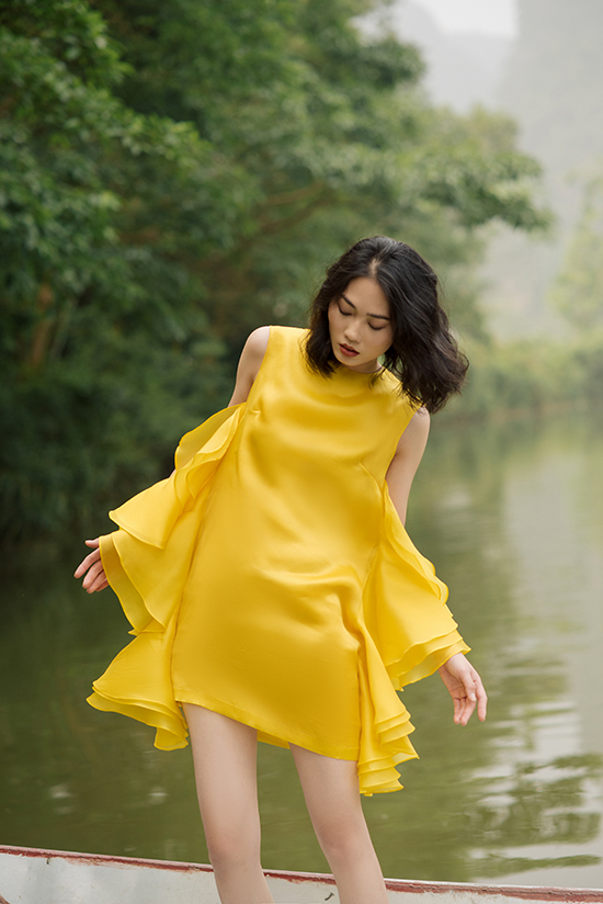 NTK Hà Linh Thư cho biết, nhân vật Phượng trong tiểu thuyết được mô tả là một cô gái quyến rũ của chốn Sài Gòn hoa lệ.