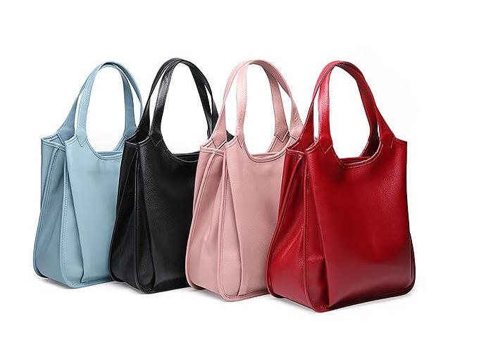 Với thiết kế và màu sắc đa dạng, đây làchiếc túibạn có thể mang hàng ngày khi đi mua sắm, đi dạo chơi vào ban ngày.