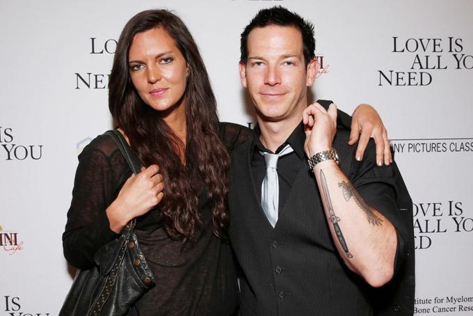 Sean và vợ.