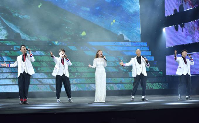 Sao Mai Thu Hằng và nhóm Oplus hòa giọng qua bài hát Xinh tươi Việt Nam.