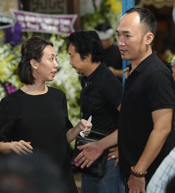 Thu Trang - Tiến Luật tiếc nuối vì không còn cơ hội tung hứng trên sân khấu hài cùng đàn anh.