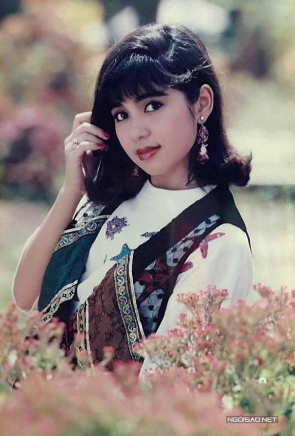 Vua ảnh lịch tiết ɭộ ảnh Việt Trinh thập niên 90 - 8