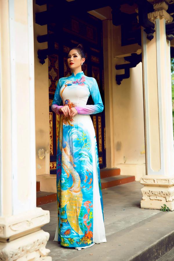 Á hậu Hoàng Hạnh diện áo dài lấy cảm hứng từ đại dương - 5