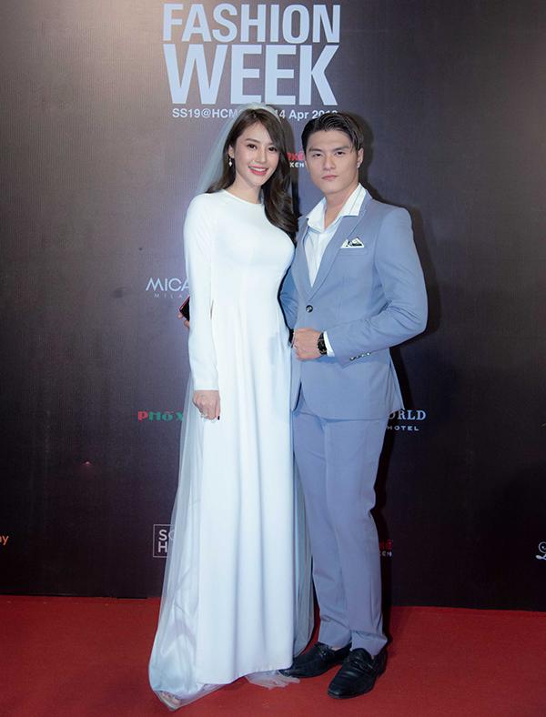 Lâm Vinh Hải và Linh Chi với tạo hình tựa như cặp cô dâu - chú rể trong ngày cưới.