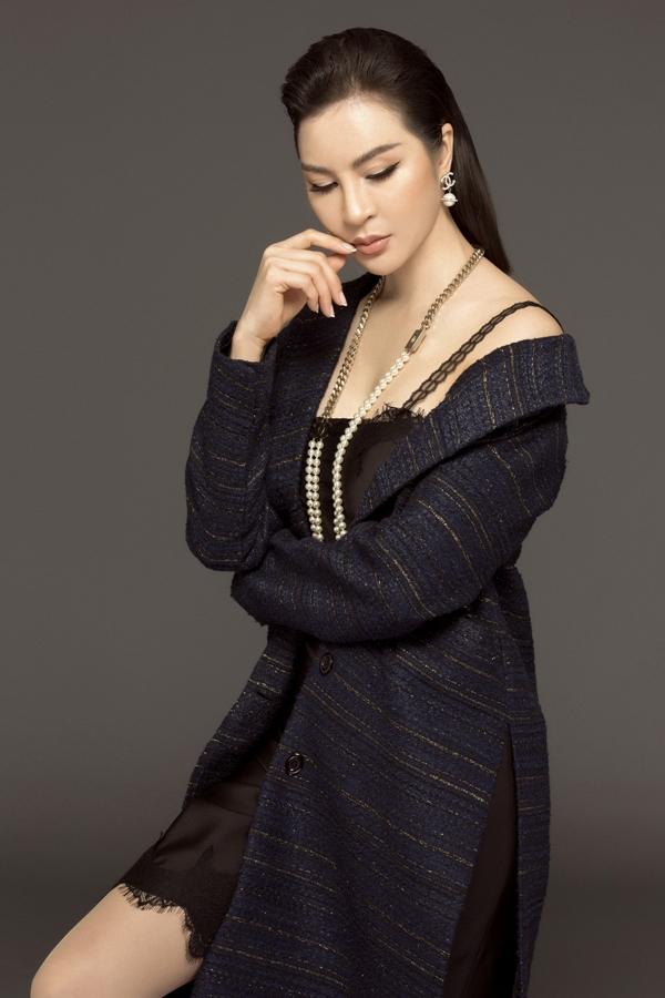 MC Thanh Mai biến hóa đa phong cách phù hợp tuổi 46 - 3