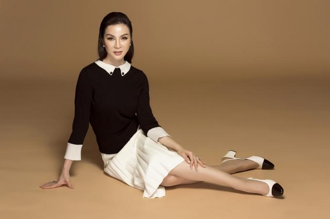 MC Thanh Mai biến hóa đa phong cách phù hợp tuổi 46 - 5