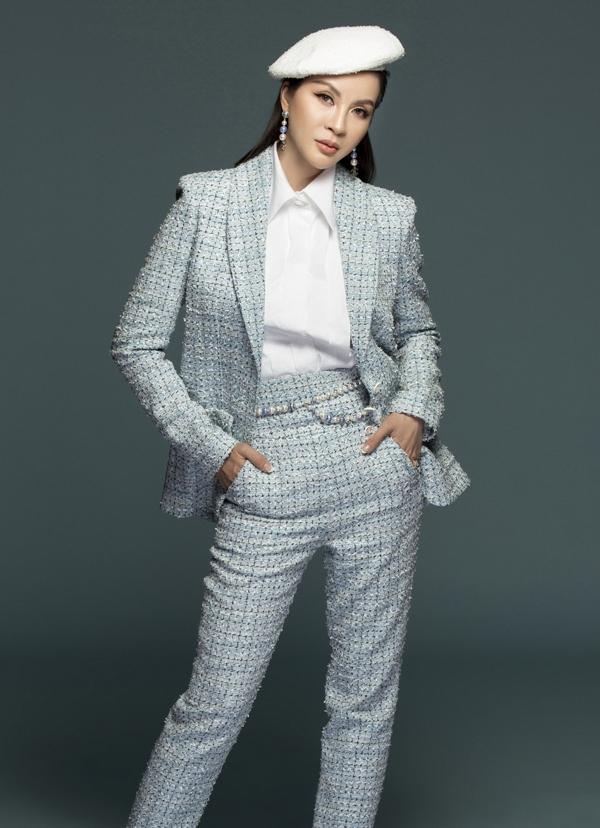 MC Thanh Mai biến hóa đa phong cách phù hợp tuổi 46 - 6