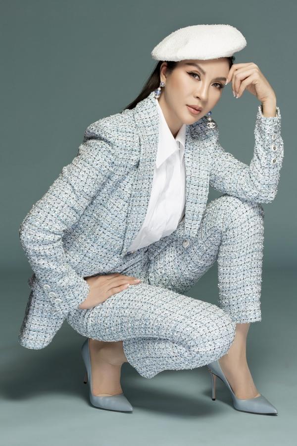 MC Thanh Mai biến hóa đa phong cách phù hợp tuổi 46 - 7