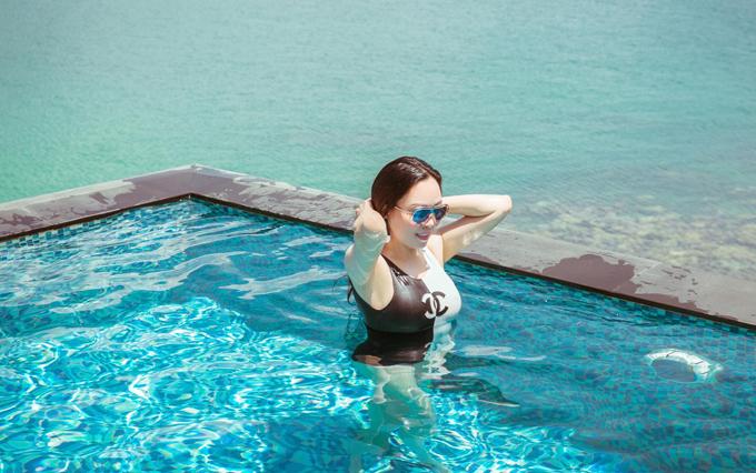 Nữ doanh nhân cho biết cô đi họp lớp kết hợp nghỉ dưỡng, trốn cái nóng tháng tư gay gắt củaSài Gòn.