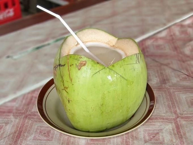 Uống nước dừa có tốt như bạn nghĩ