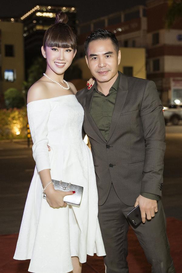 Tối 20/4, diễn viên Thúy Ngân - Trung Dũng tham gia một sự kiện tại TP HCM.