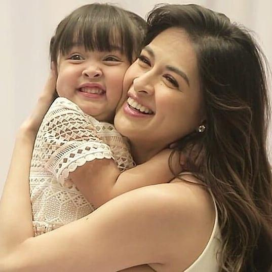 Marian và con gái Zia.
