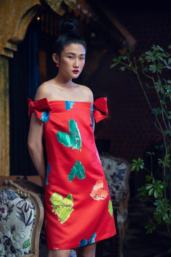 Sau thời gian dành cho gia đình và đi du lịch ở Mỹ, Kha Mỹ Vân quay trở lại với sàn diễn và chụp ảnh thời trang. Ở bộ ảnh mới thực hiện, á quân Vietnams Next Top Model 2012 thể hiện sự ăn ý cùng Kim Nhung và Long Lê.