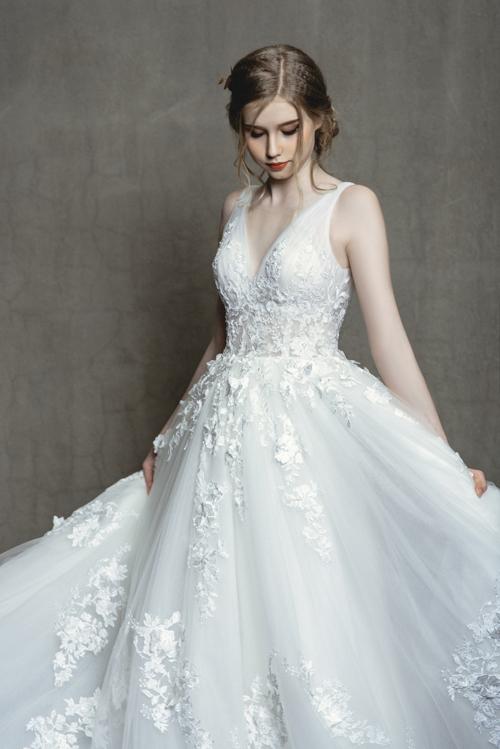 Váy hot hit cho nàng dâu mùa hạ - 7