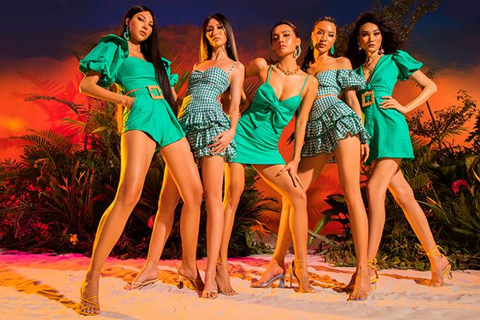 Các mẫu trang phục mang tính ứng dụng cao, đưa đến nhiều gợi ý thú vị cho phái đẹp trong việc chọn trang phục đi du lịch biển.
