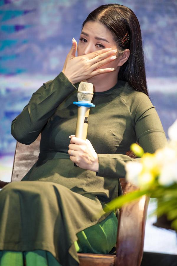 NSND Thanh Hoa khen ngợi ca sĩ Đinh Hiền Anh hát ngày càng tiến bộ - 5