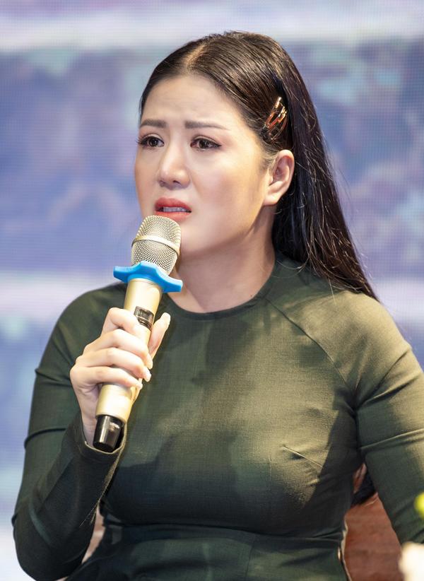 NSND Thanh Hoa khen ngợi ca sĩ Đinh Hiền Anh hát ngày càng tiến bộ - 6