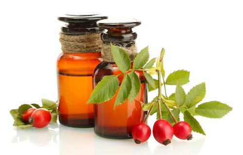 Tinh dầu tầm xuân giúp mờ sẹo, ngăn lão hóa. Ảnh:Essentials.
