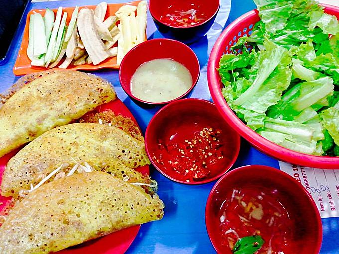 Địa chỉ cuối tuần: quán bánh xèo cho ngày mát trời ở Hà Nội