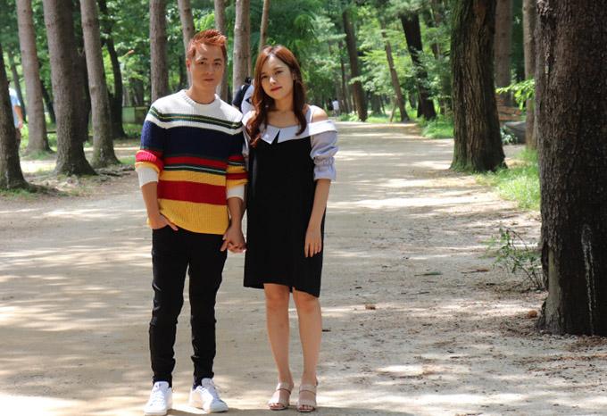 Vợ Đăng Khôi động viên chồng diễn tình tứ với người đẹp Hàn Quốc